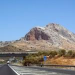 スペインをレンタカーで旅行するなら?借り方や注意点まで